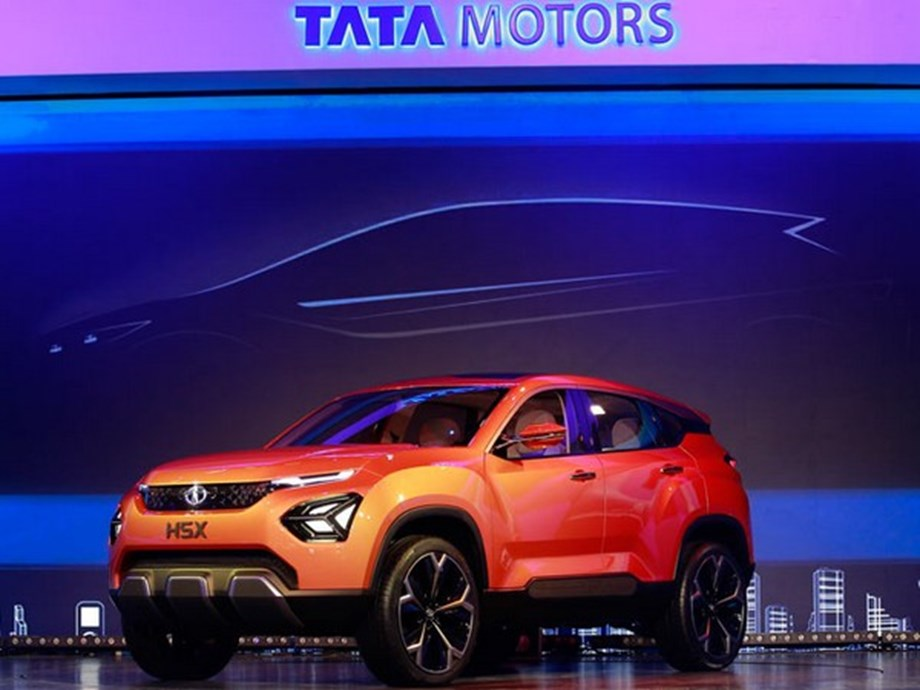 Tata Motors ties up with Lithium Urban for EV segment