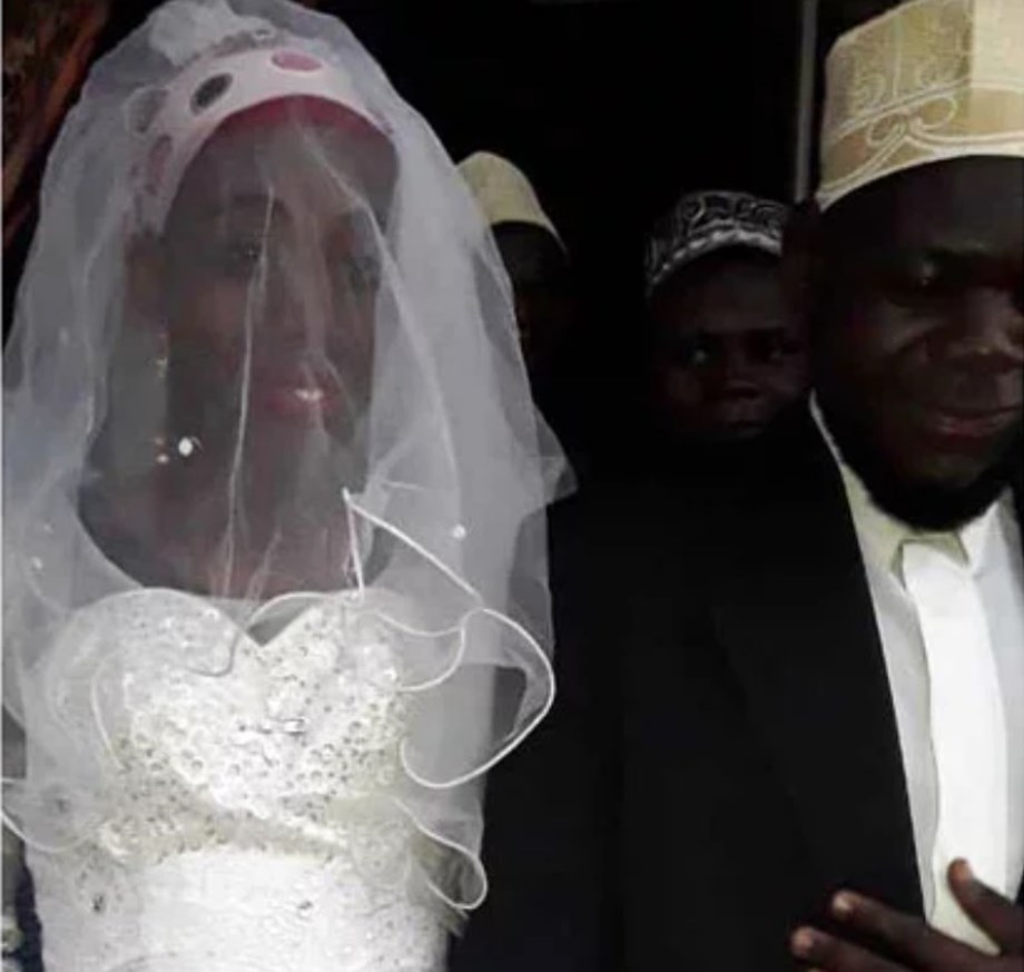 Ugandan Imam discovers his newlywed wife is a man when police undresses him after 2 weeks