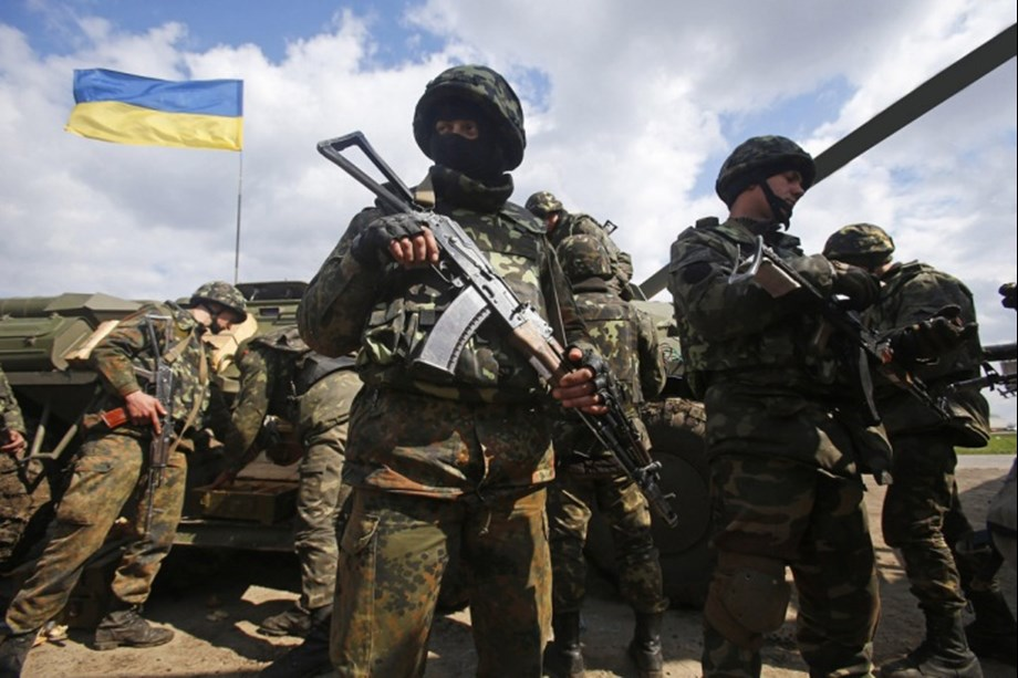 Sanctions imposed by EU, US and Canada on Russian officials over Ukraine attacks