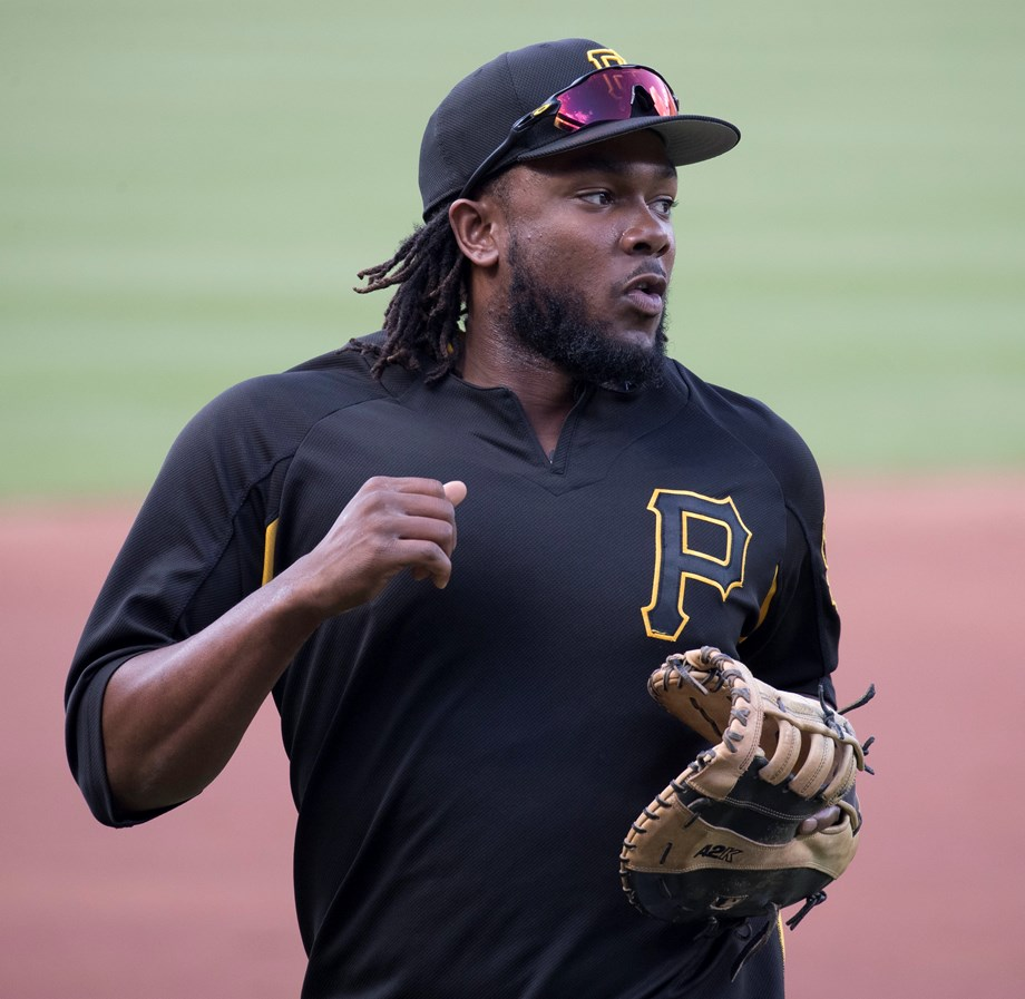 Bell strikes career high RBIs as Pirates cruise to 10-6 win over Cardinals