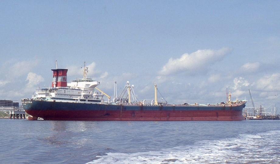 UPDATE 1-Blast-hit Norwegian tanker's crew land in Dubai