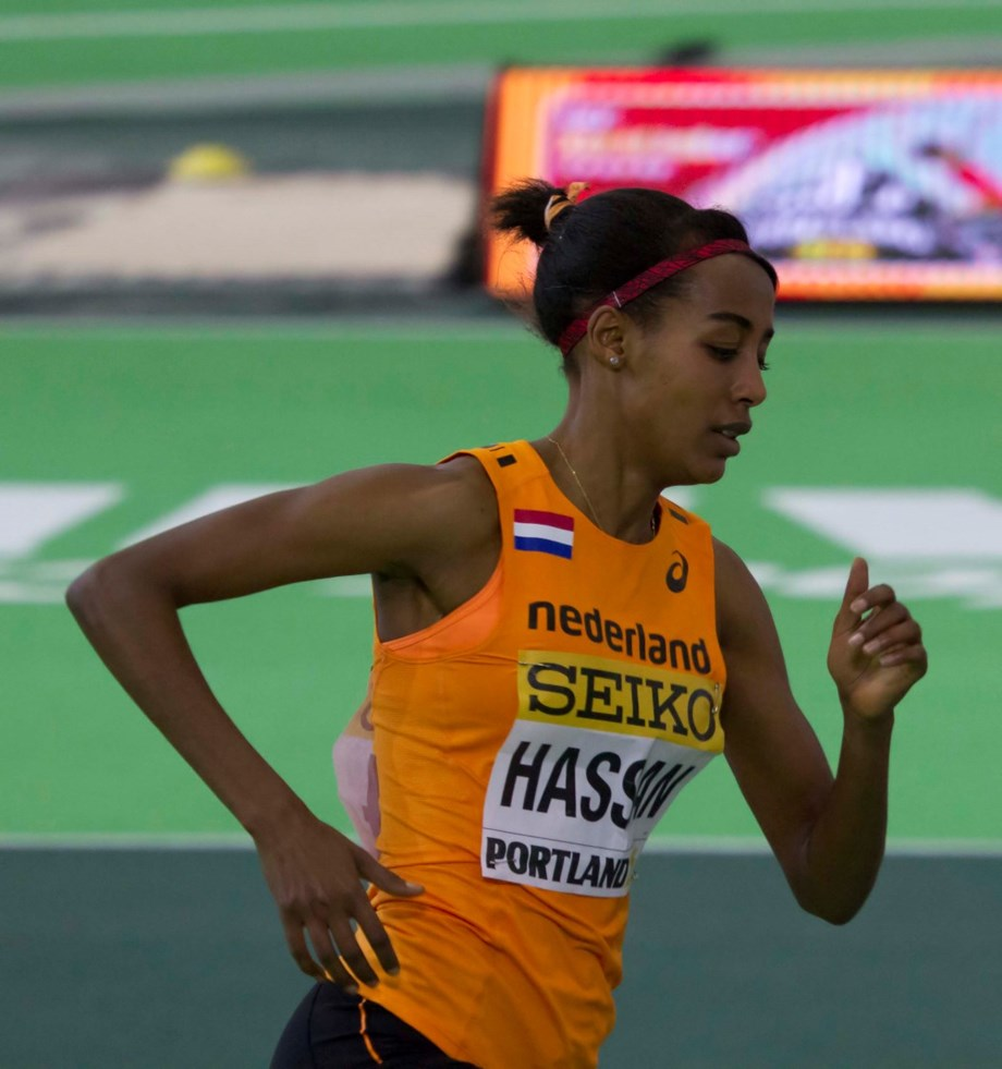 UPDATE 2-Athletics-Hassan breaks women's mile world record on emotional night