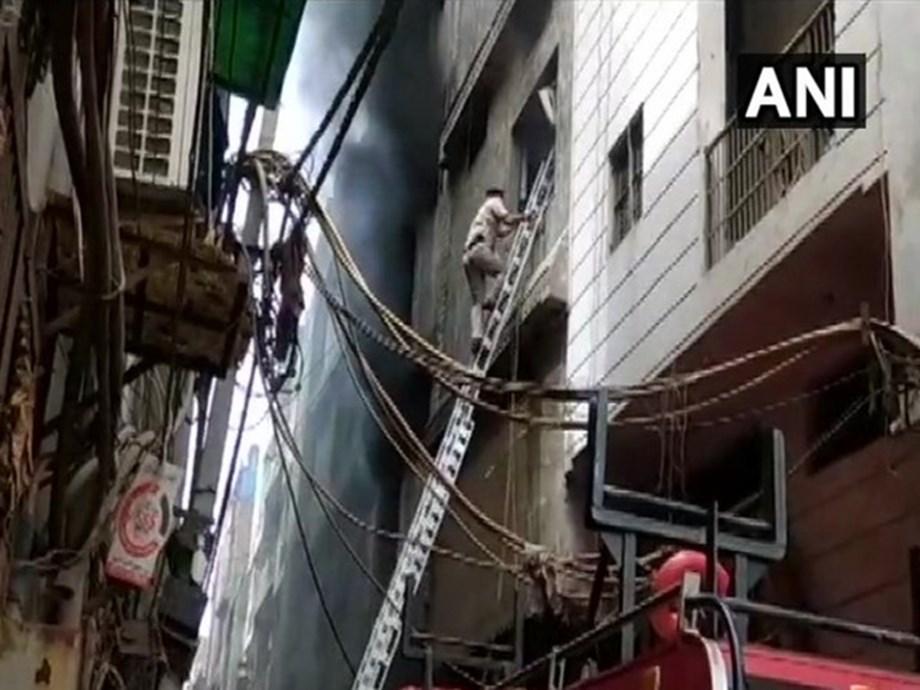Delhi: Fire breaks out in rubber factory