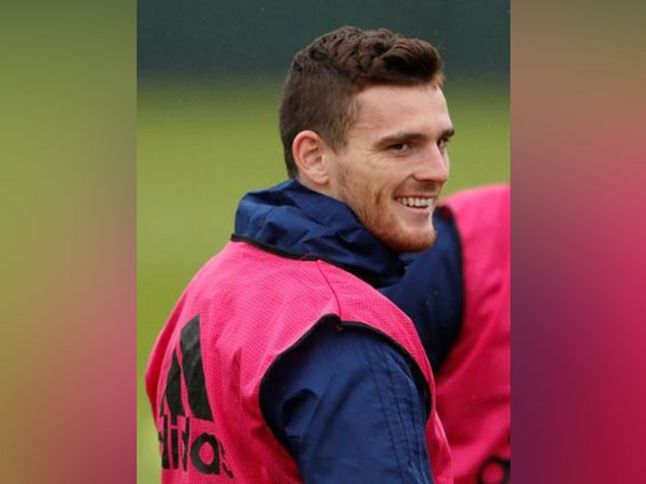 Andy Robertson to travel to US despite hand infection