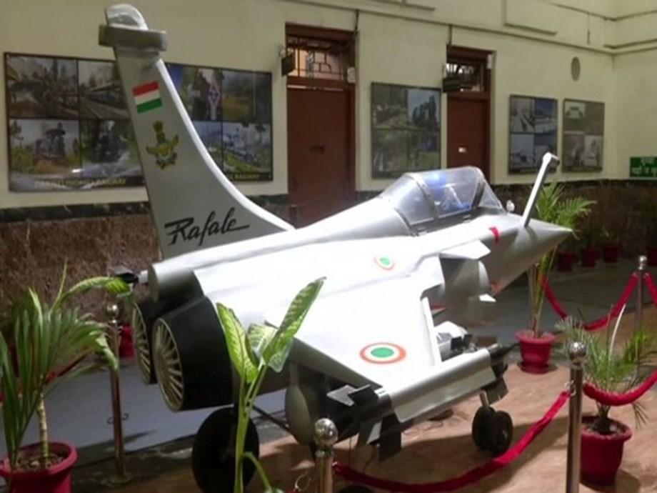 Railway engineers make scale-down model of Rafale from scrap
