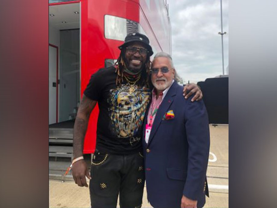 Chris Gayle posts picture with Vijay Mallya; netizens say 'courier him to India'