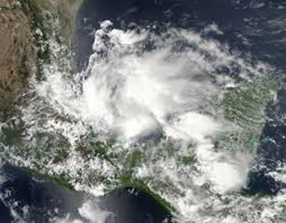 Hurricane Barry Live: Govt service warns flash flooding; see LIVE tracker here