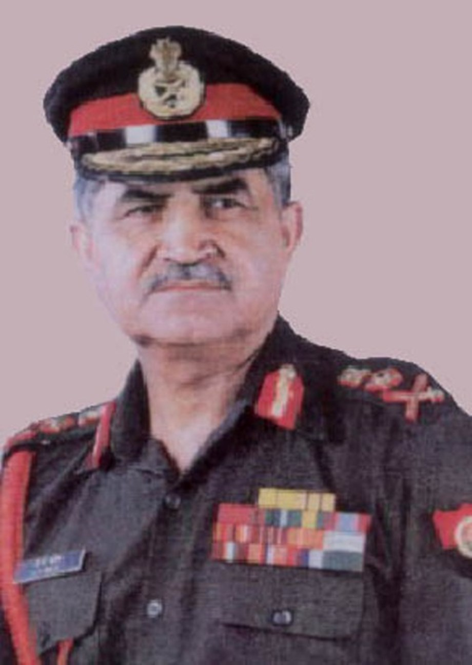 Told Vajpayee to refrain from making decision of not crossing LoC public: Ex-Army chief