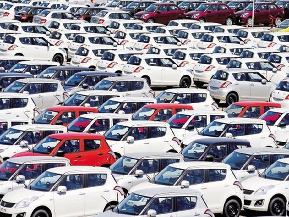 Passenger vehicle sales skid 31 pc in July, sector facing massive job losses: SIAM