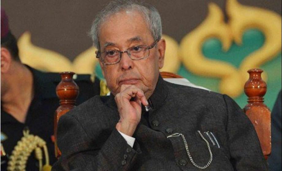Pranab Mukherjee dissatisfied over loss of 'letter writing habits'