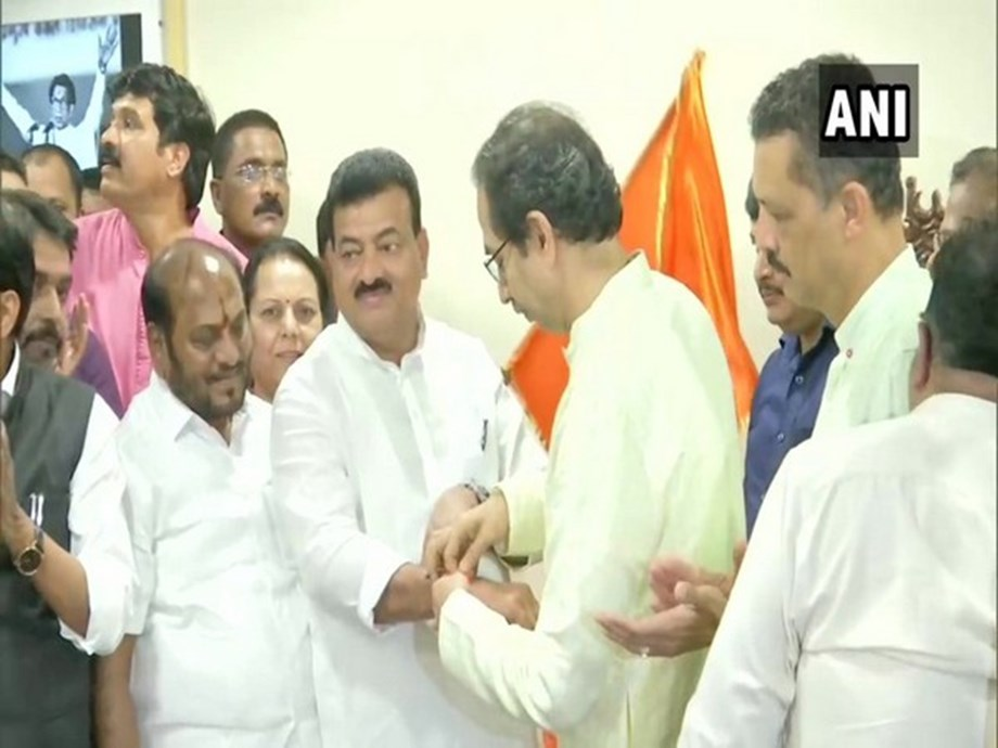 NCP's Konkan face Bhaskar Jadhav joins Shiv Sena