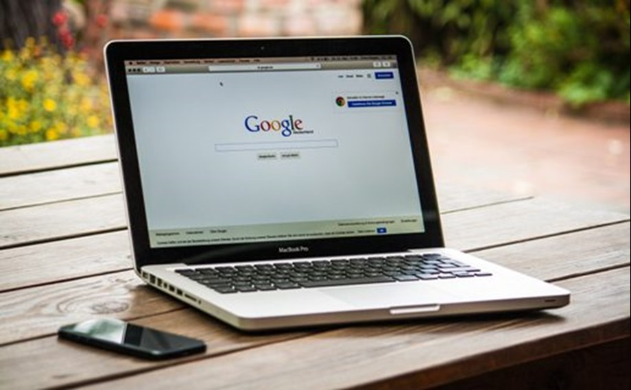 Google Search updates rankings, rater guidelines to prioritize original reporting