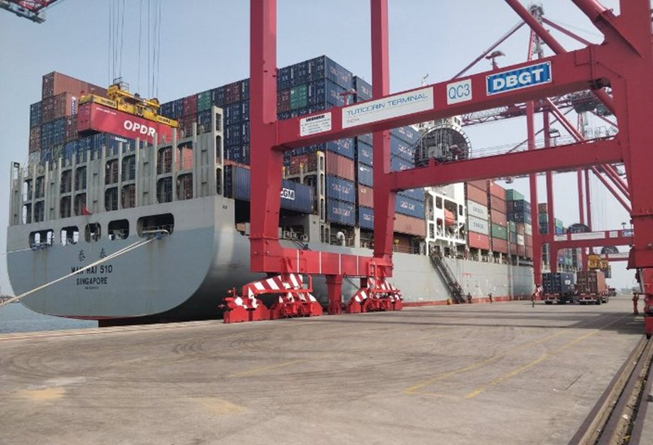 Nitin Gadkari flags off first container mainline vessel from VoC Port