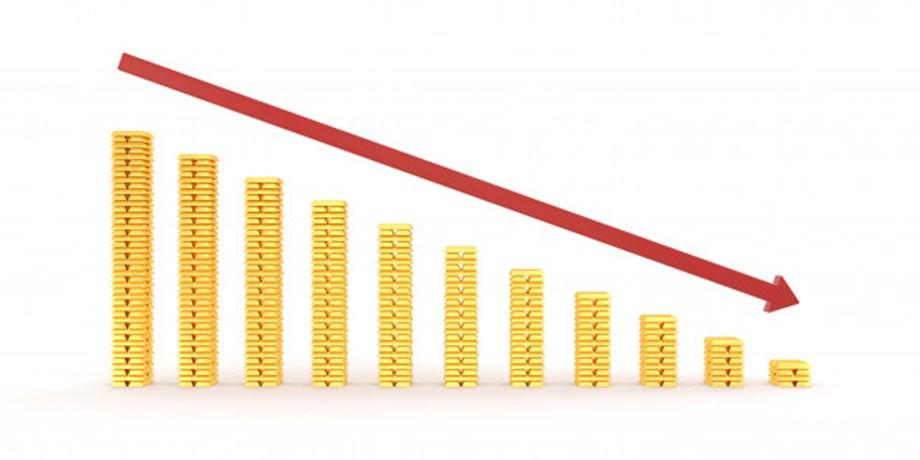 UPDATE 2-FTSE 100 ends week lower after week AstraZeneca, RBS results