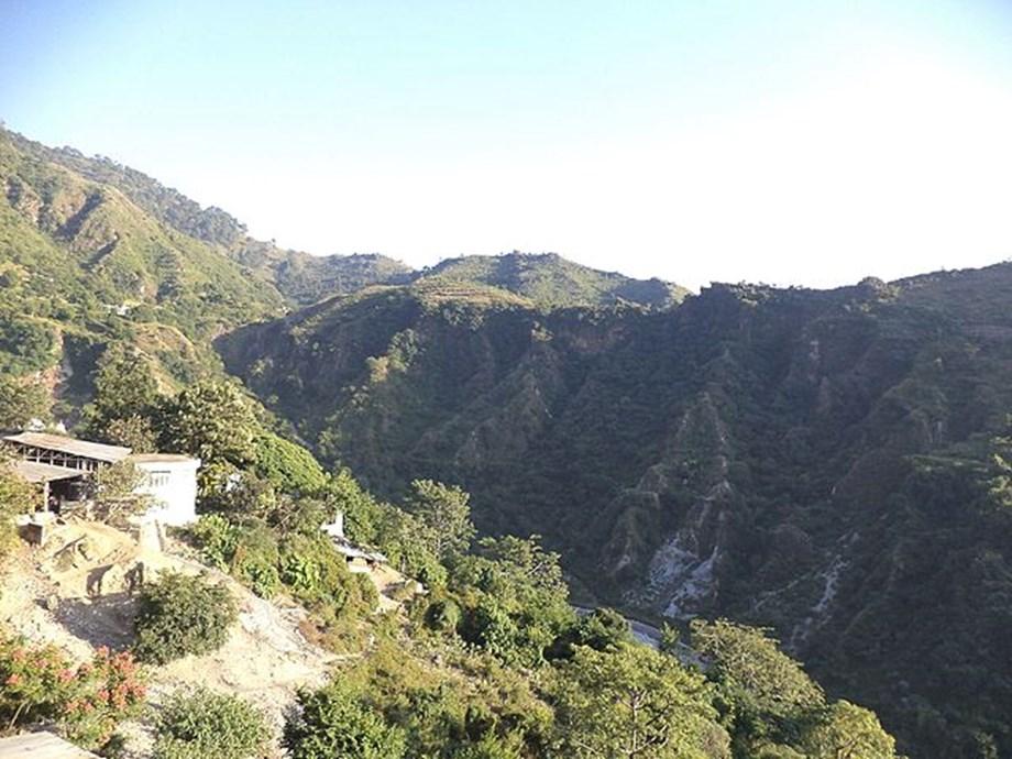 Despite heavy snowfall, Vaishno Devi shrine records over 13,000 footfalls daily