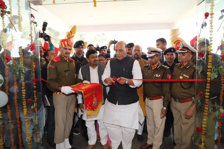 Home Minister accuses Pakistan of creating hurdles in Kashmir resolution
