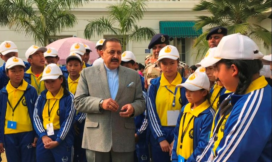 Group of students from Sikkim call on Union Minister Dr Jitendra Singh