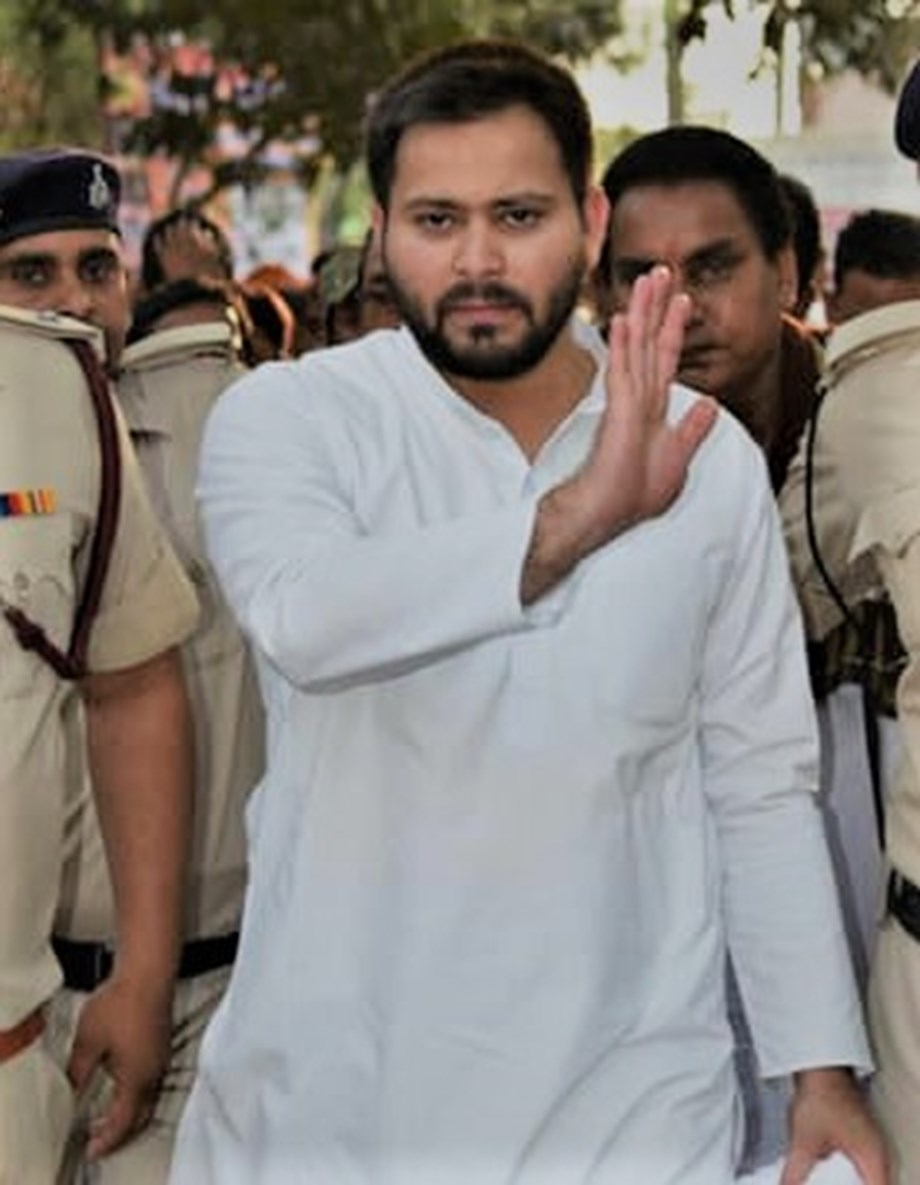 RJD politician Tejashwi Yadav meets Mayawati hopes for alliance in Bihar for 2019