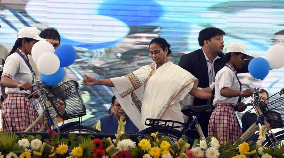 Mamata vows to build Tajpur deep-sea port after inaction of Centre