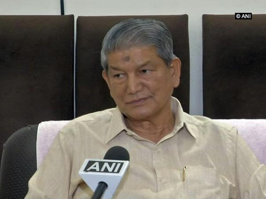 No government in history has displayed such courage: Harish Rawat takes dig at Centre over LPG price hike