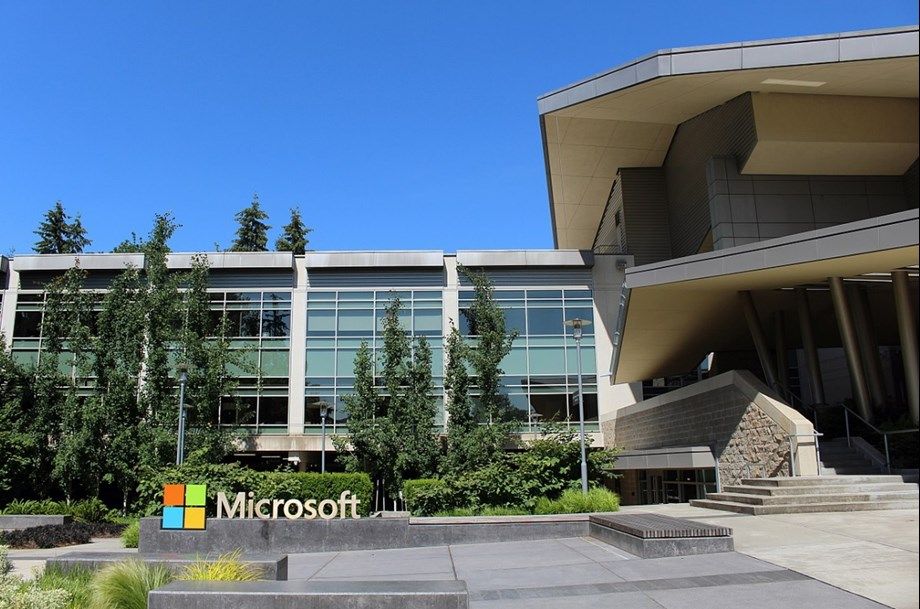 UPDATE 3-Microsoft's Brad Smith: Tech companies won't wait for U.S. to act on social media laws