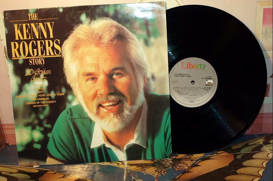 CORRECTED-Country star Kenny Rogers dismisses 'wild misinformation' about his health