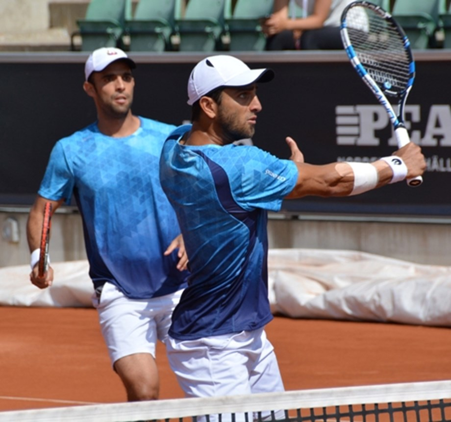 Tennis-Cabal and Farah create men's doubles history for Colombia
