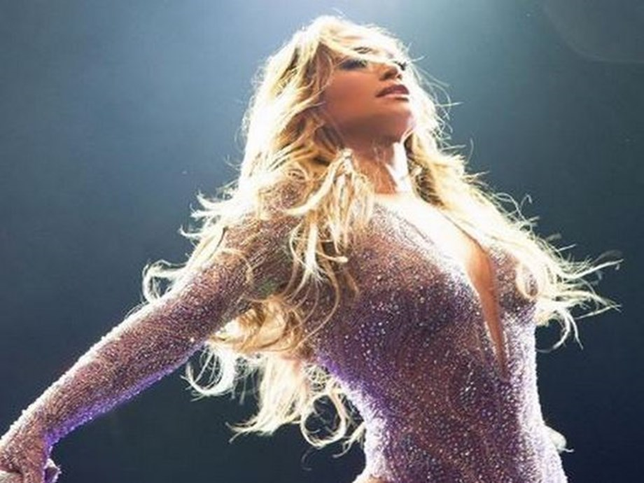 Jennifer Lopez's NY concert cancelled after power outage, rescheduled for Monday