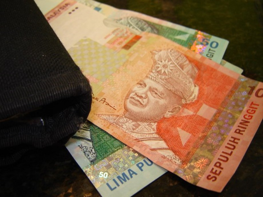 Malaysia seizes $240 mln from Chinese state firm's bank account -paper