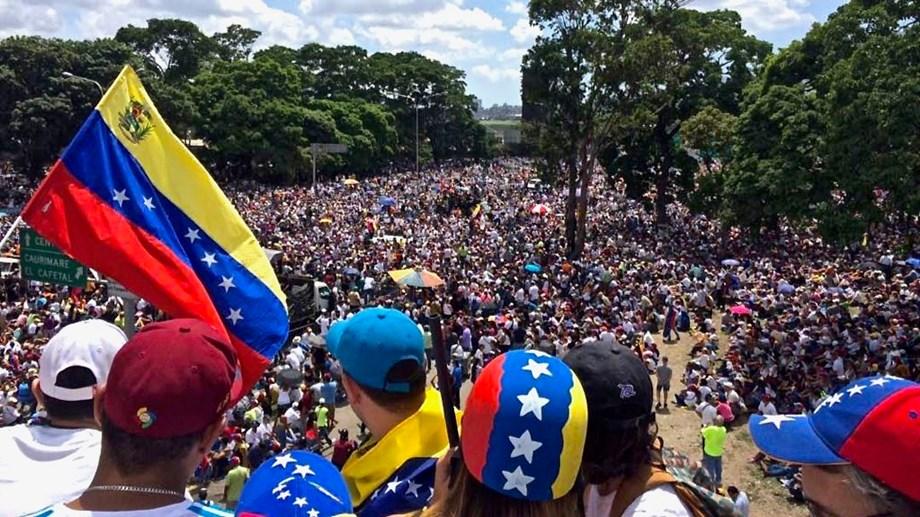 Russia calls down on US sanctions against crisis-hit Venezuela