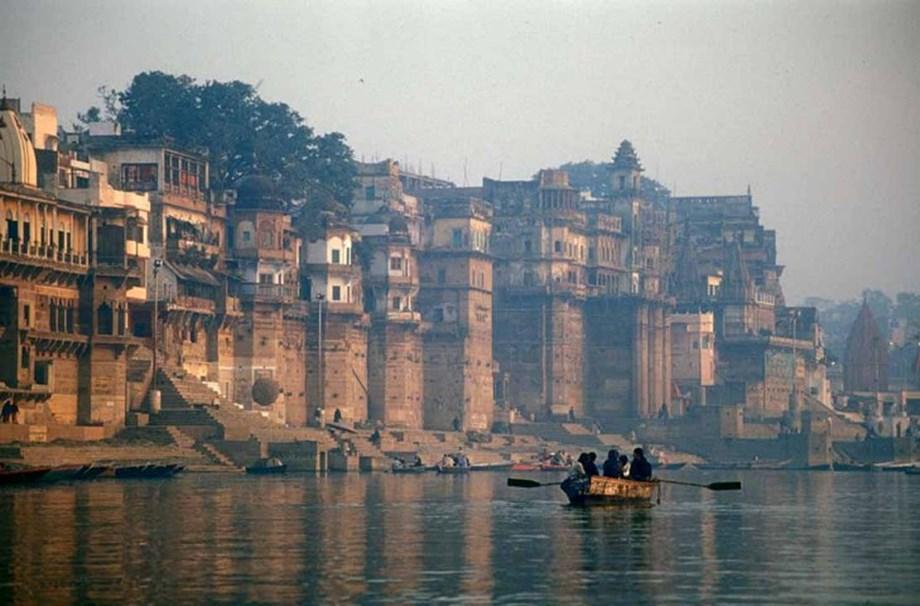 Govt planning airboat service from Varanasi to Prayagraj: Gadkari