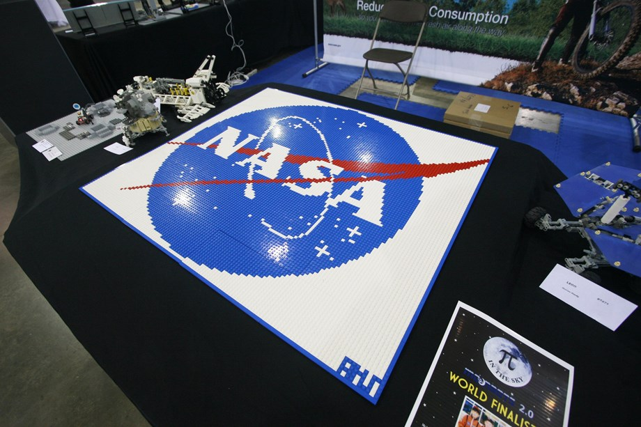 NASA will continue to seek contact stalled Mars rover
