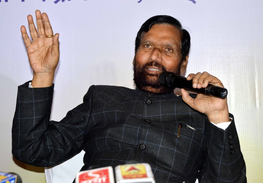Paswan will not contest the LS polls or seek re-entry into Parliament through the Rajya Sabha