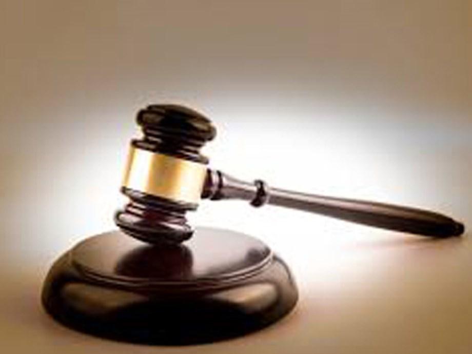 SPECIAL REPORT-How secrecy in U.S. courts hobbles regulators