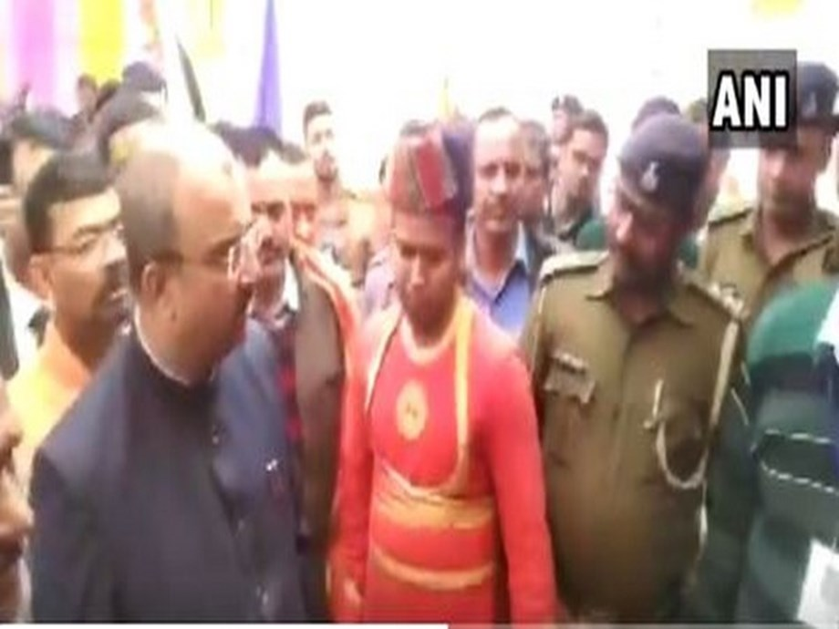 Bihar Health Minister fumes at police officer who failed to recognise him at event
