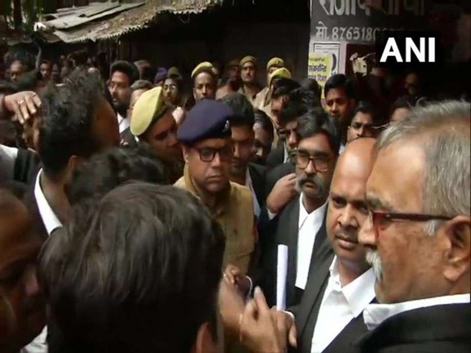 Bar Association General Secretary arrested in Lucknow court complex bomb hurling case