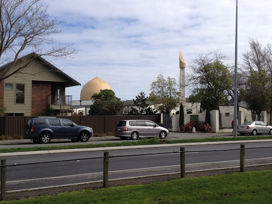 Exemplary solidarity demonstrated by Kiwis after bloodshed in Christchurch mosque