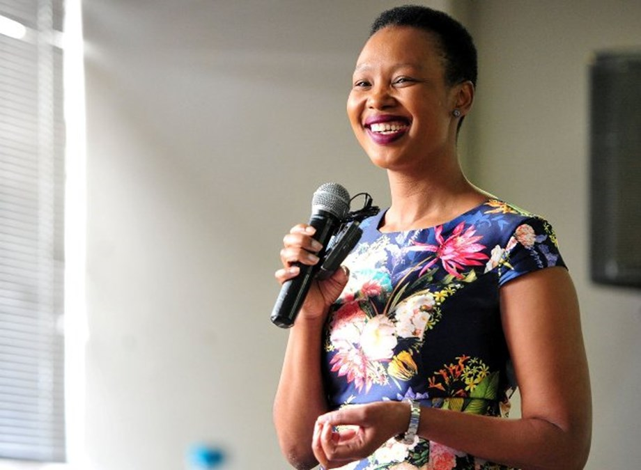 South Africa 'ready' in terms of skills to adapt to 4IR: Communications Minister