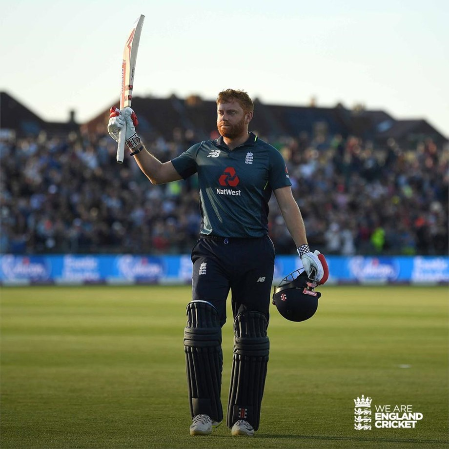 Bairstow plays sensational innings to defeat Pak