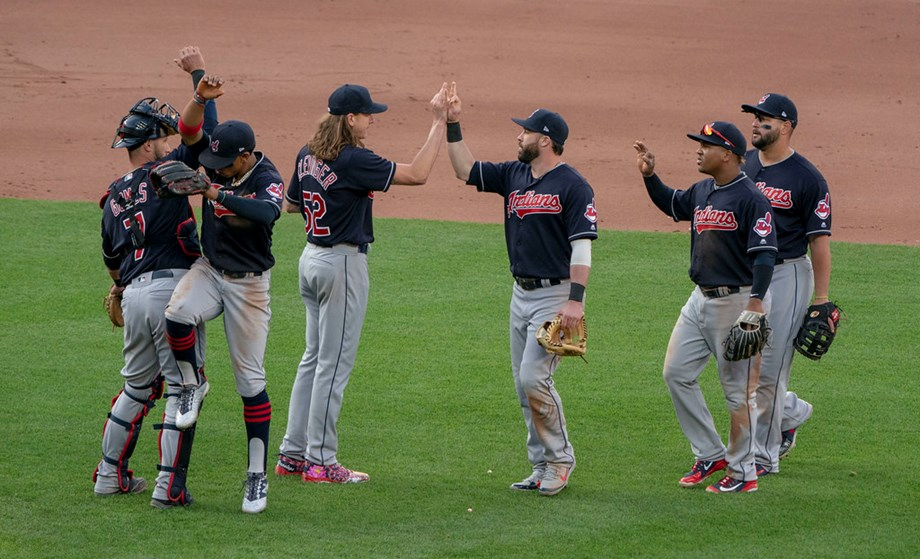 Indians' Bauers, Bauer too much for Royals
