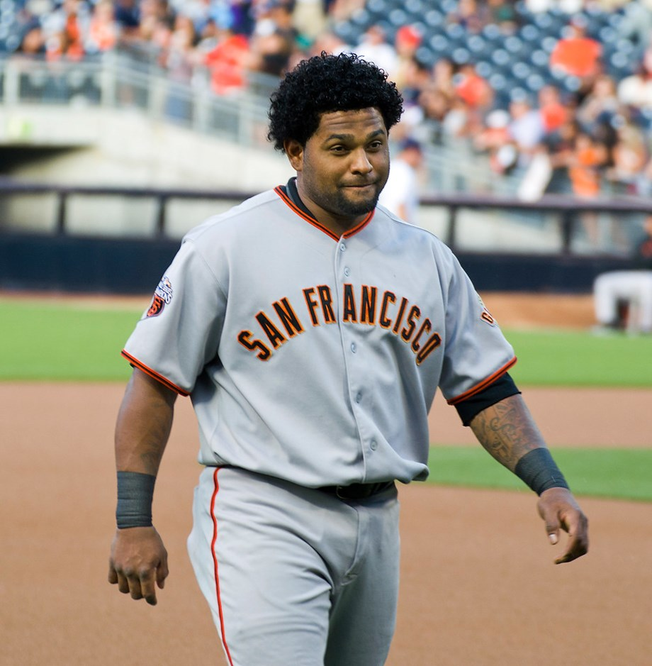 Giants place Sandoval on IL with elbow inflammation