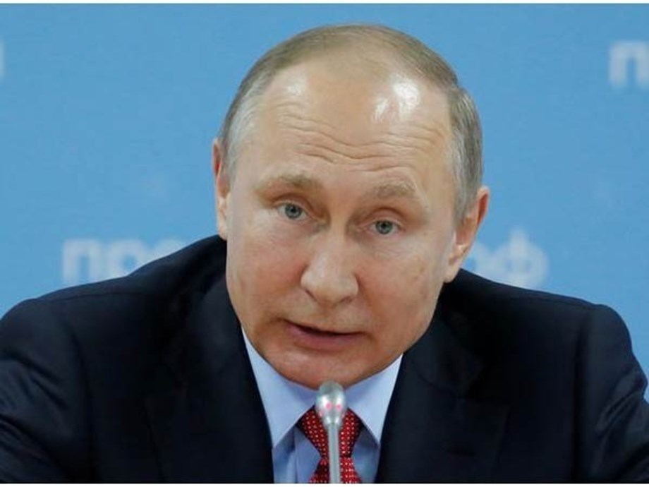 Putin brushes off allegations of Russian election meddling