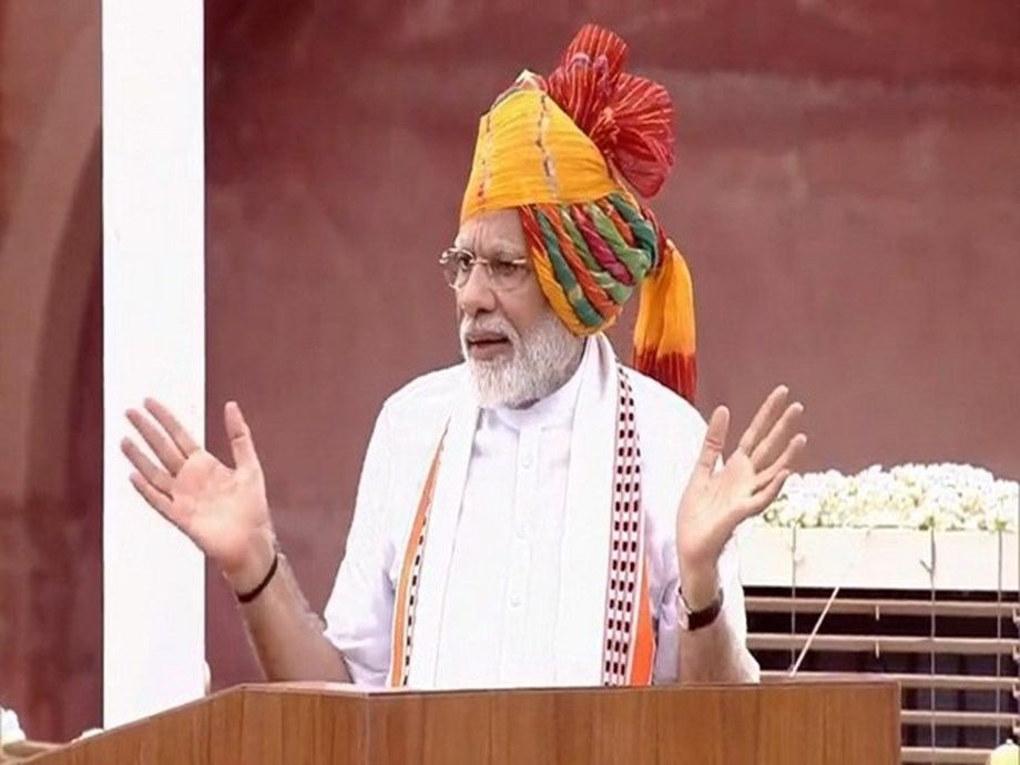 Modi's speech on I-Day finds resonance with RSS affiliate