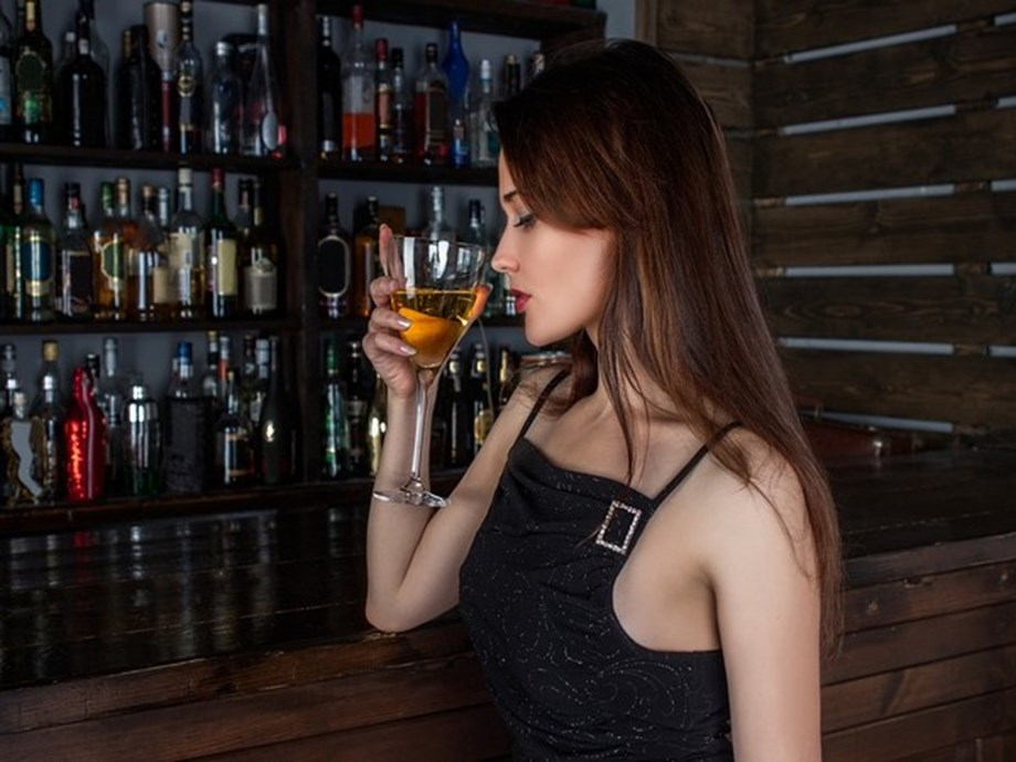Drinking alcohol during pregnancy alters genes in infants, says study