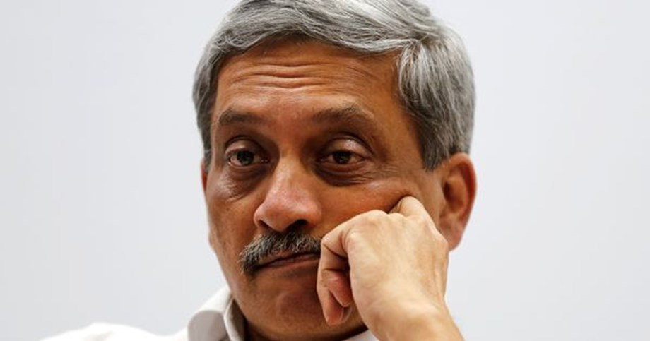 Retaining Manohar Parrikar as Goa CM is cruel, inhuman politics of BJP, criticizes Shiv Sena