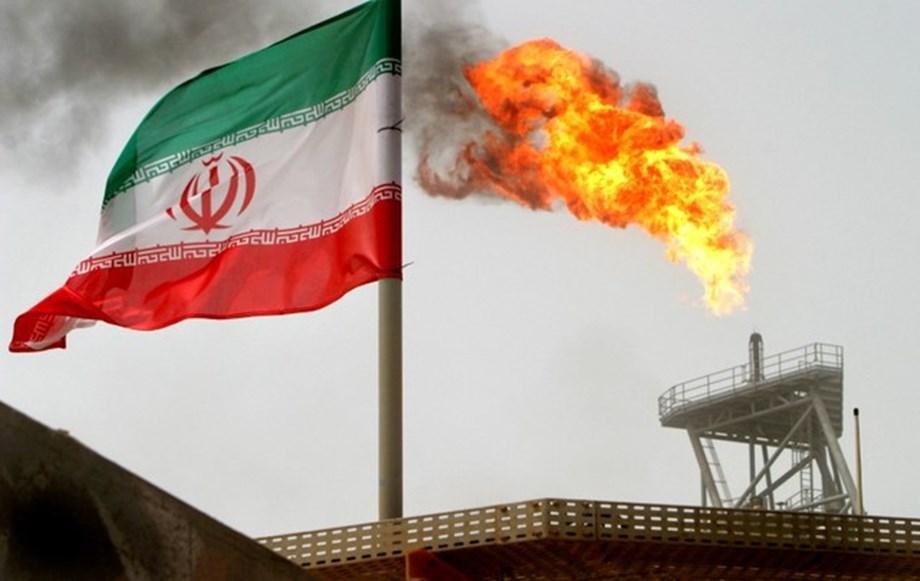 Iran identifies suspects linked to jihadist groups behind parade attack