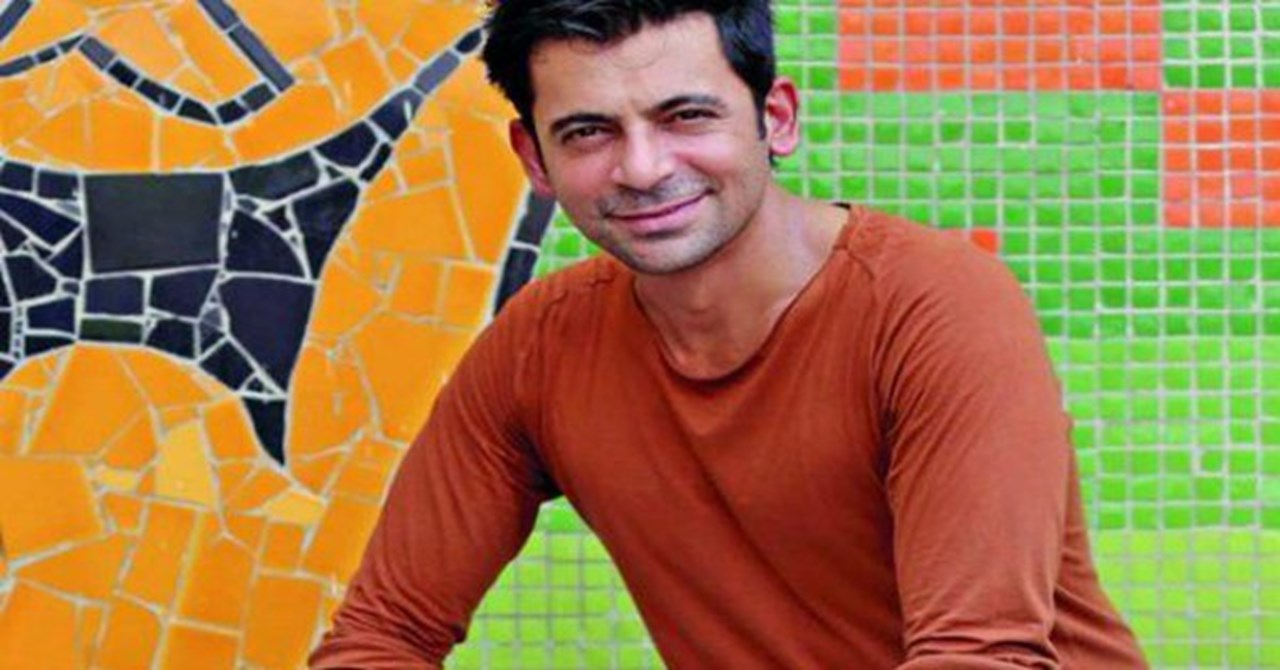 Sunil Grover extends best marriage wishes to Kapil Sharma