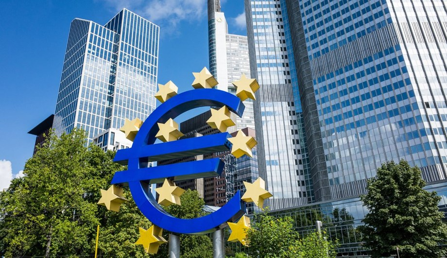 CORRECTED-Euro zone business activity slumps to four-year low in Dec -PMI