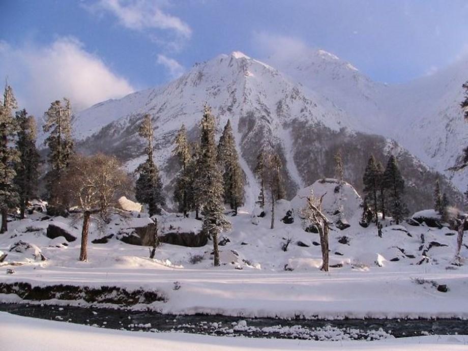 Heavy snowfall likely in Uttarakhand, government issues alert