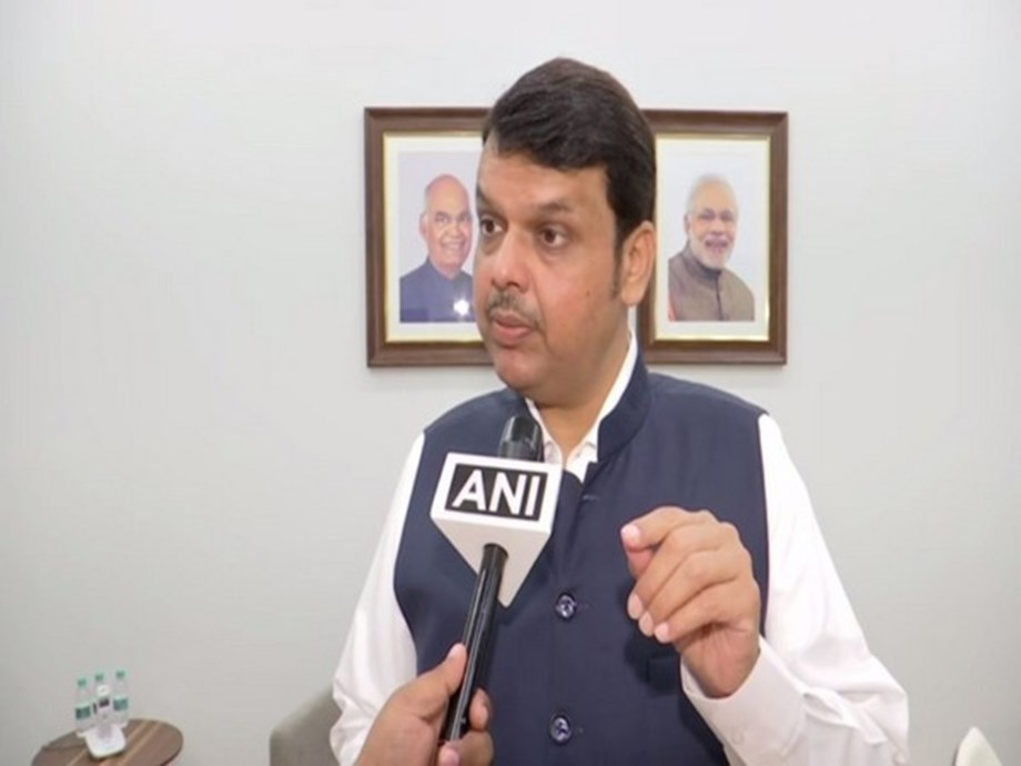 Even Mughals would not have said what Sanjay Raut said about Chhatrapati's descendants: Devendra Fadnavis